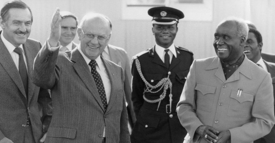 Kaunda worked with South Africa's leaders to find a solution to the Rhodesia problem