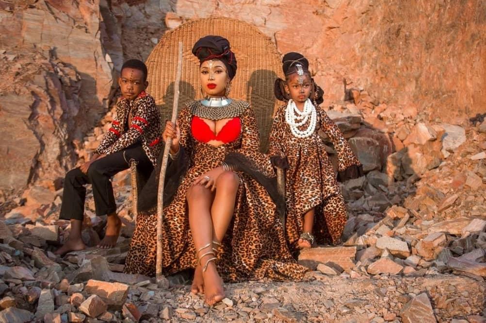 "Bombshell Sets Tweeps on Anticipating ""Mfumu Kadzi"" Album Mode"