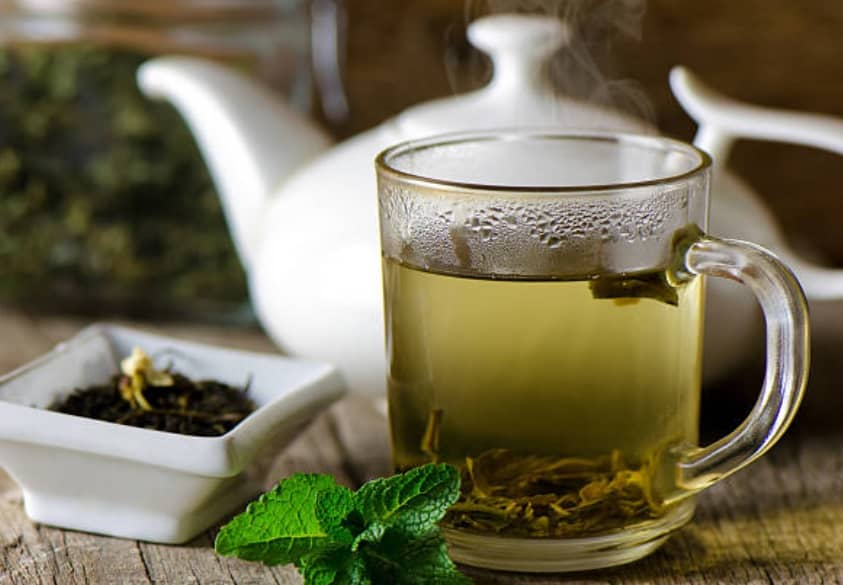 5 reasons you should start using green tea on your face